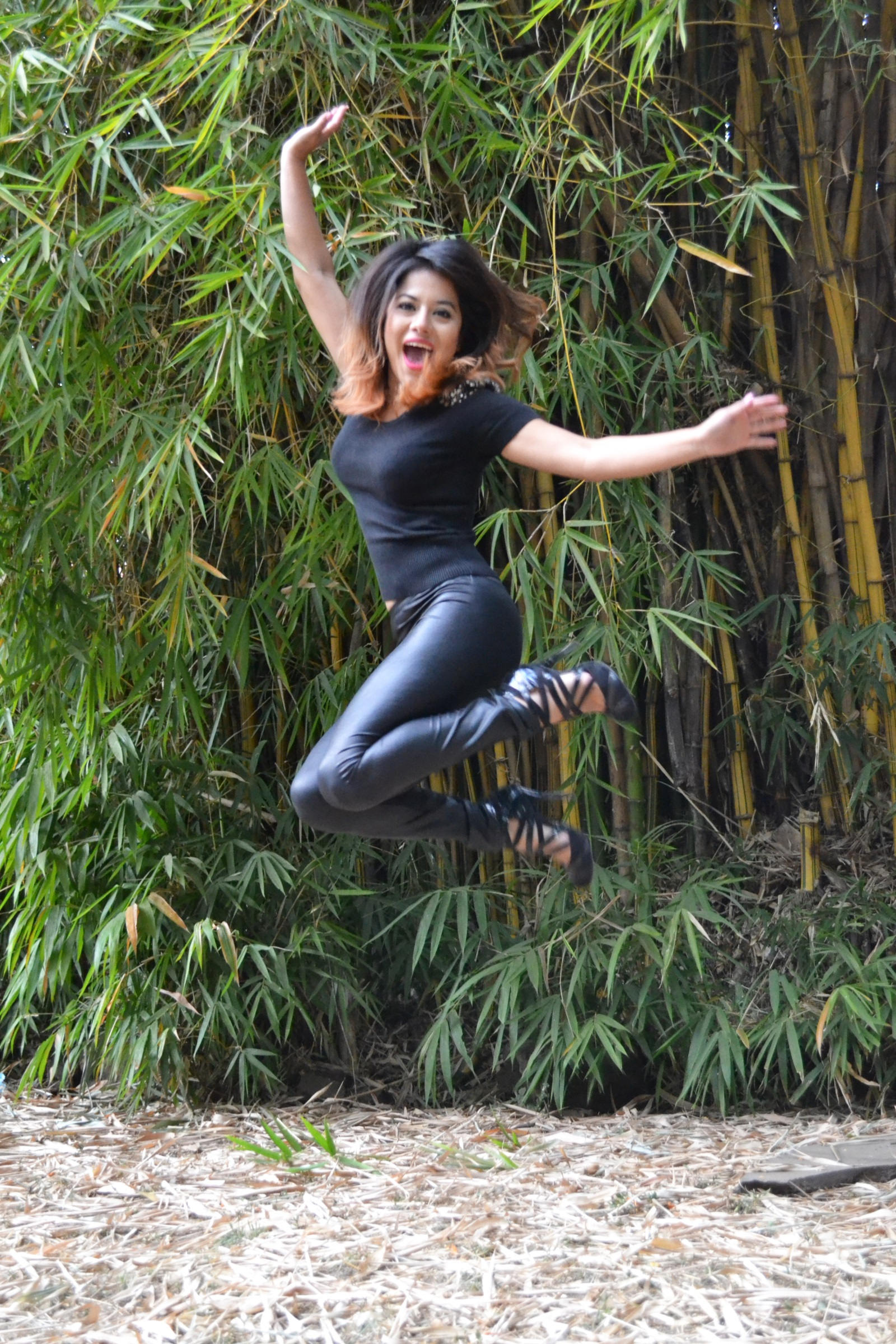 alhely-can-fly-girlsjump